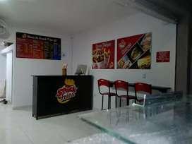 Se vende negocio de comidas rápidas acreditado