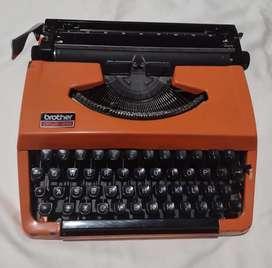 Maquina de escribir brother opus 210
