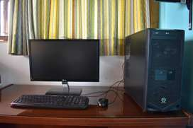 VENDO COMPUTADORA AMD Phenom. IDEAL para trabajos y de amplio ALMACENAMIENTO. CUENTA CON ADAPTADOR USB PARA EL WIFI