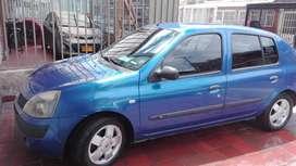 Vendo Symbol modelo 2006, full equipo,automatico, negociable al día
