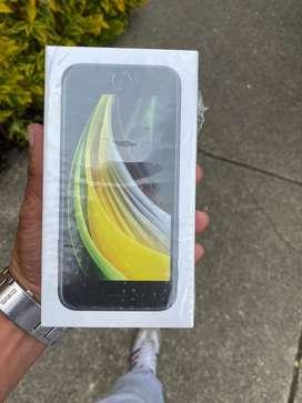 Iphone SE, 2da gner, 64 gigas, negro, sellado, factura, libre