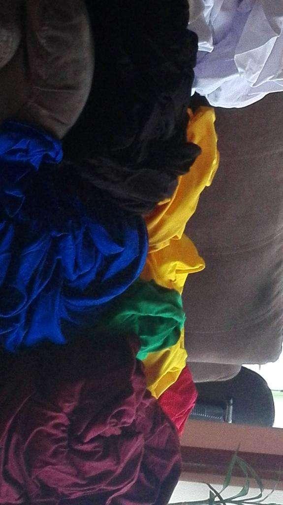 Vendo Tela para Camisetas Varios Colores 0