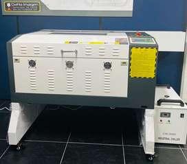 Maquina de corte y grabado laser 60x40