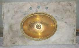 Mesada de marmol bacha de bronce antigua