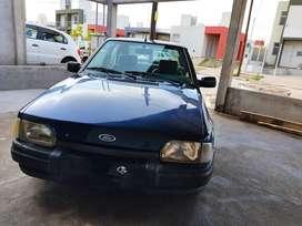 Vendo Ford Escort