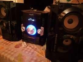 Vendo equipo de sonido como nuevo