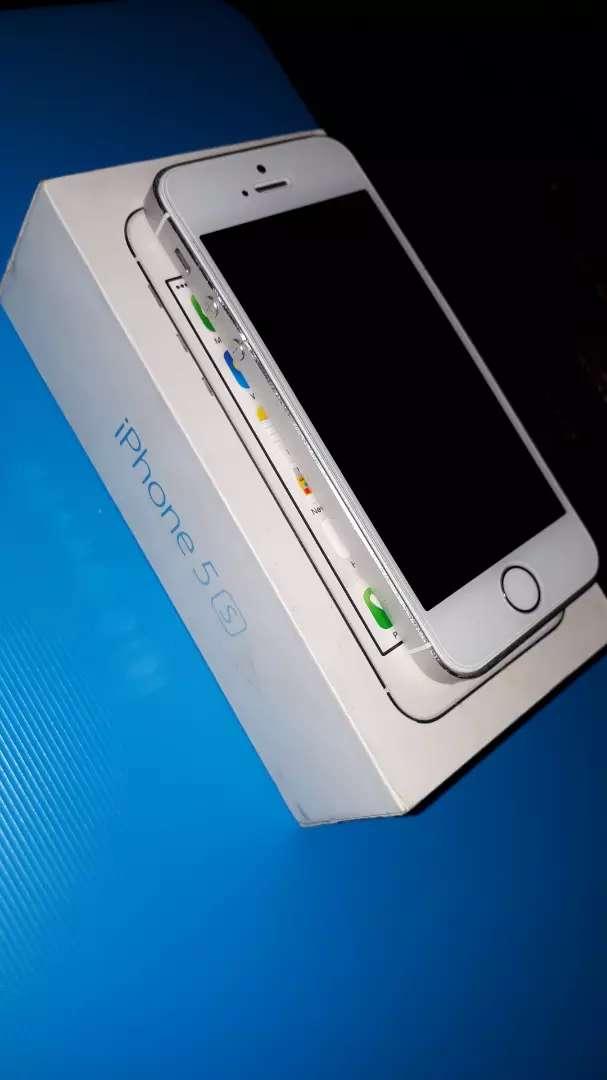 iPhone 5s 32GB 0