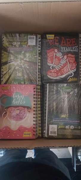 De remate Cuadernos nuevos