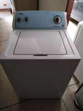 Vendo hermosa lavadora wirlpool modelo nuevo