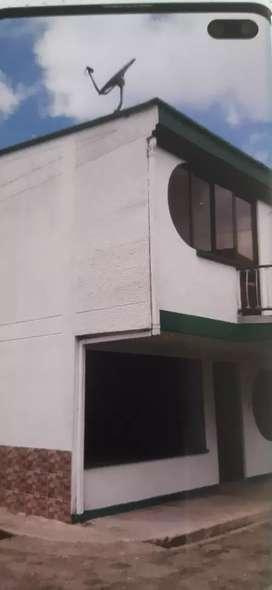 Alquilo hermosa casa en Portales de Santa Rosa de cabal