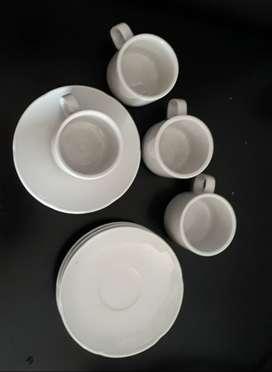 4 tacitas con plato para café Reina Batata