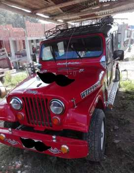 Jeep con ruta libano