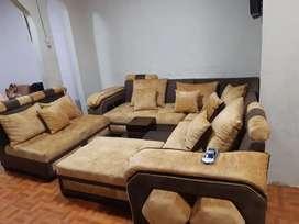 Se vende muebles, tienen dos meses de uso.