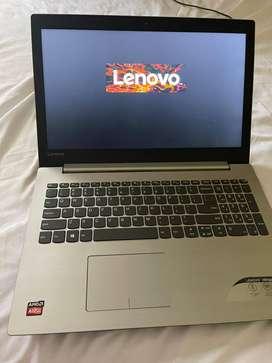Portátl  marca Lenovo  en excelentes condiciones