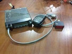 vendo radio para taxi o remis, marca yaesu ft-1802, en muy buen estado con antena,micrófono y odometro segunda mano  Resistencia, Chaco
