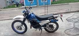 Flamante moto Dtk año 2002