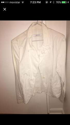 Campera de Zara blanca  talle medium
