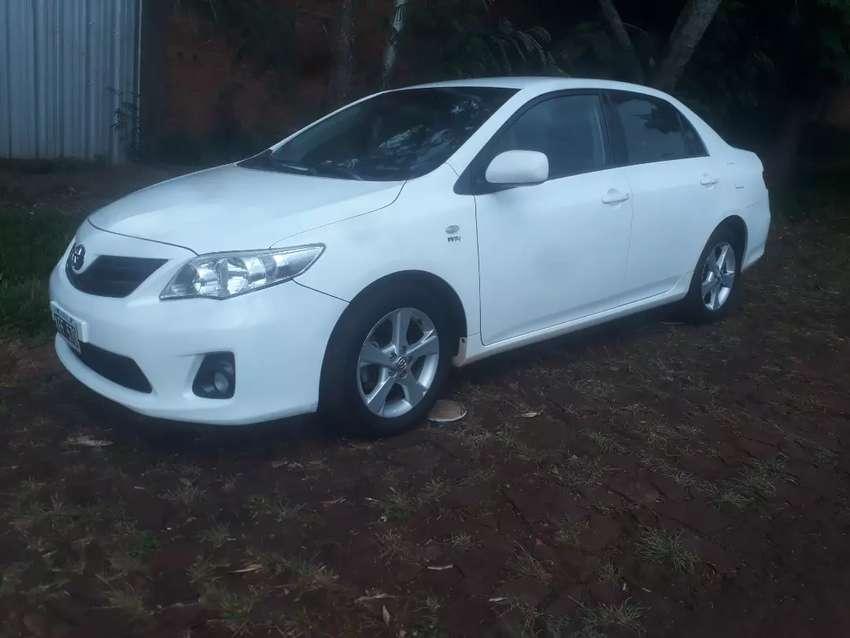 Vendo Toyota Corolla 2011 impecable caja 6ta 0