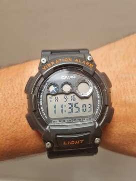 Vendo Reloj Casio W-735H 10 Bar, Original, Poco Uso, Excelente Estado