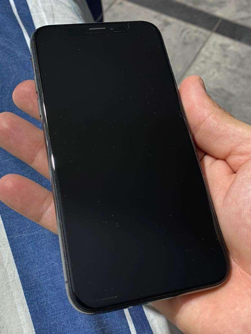 Apple Iphone X - 256 Gb - Color negro - Usado en excelentes condiciones - con accesorios 0