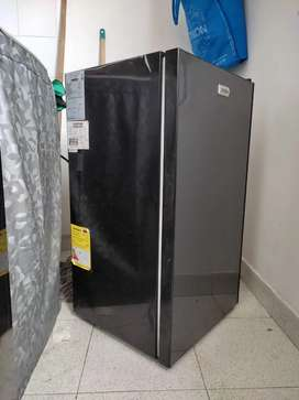 Minibar Mabe Frost 93lts