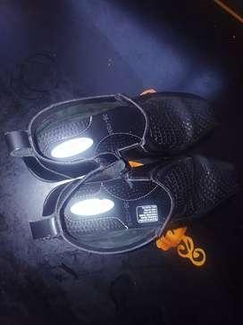Zapatos CC comercial