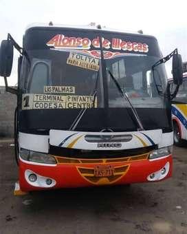 Bus urbano con acciones y derechos en la compañía Alonso de Illescas