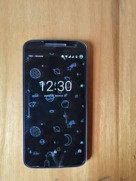 Se vende celular Moto G4 usado