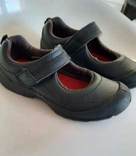 Zapatos nuevos verlon talla 29