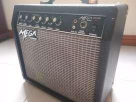 Amplificador mega 15g 60hz excelente estado