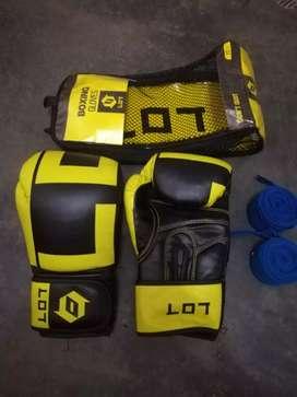 Guantes de boxeo y vendas de boxeo