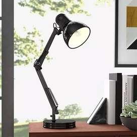 Lámpara De Escritorio De Brazo De Metal Ajustable Metalica