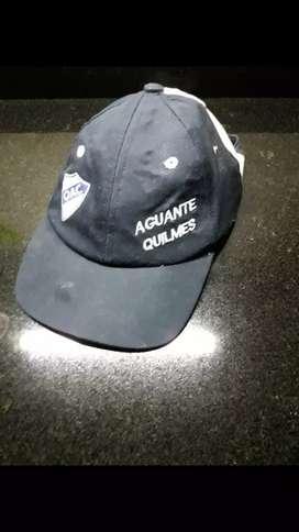 Gorra con visera Quilmes