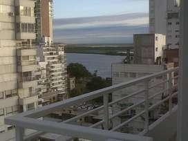 Monoambiente Mitre 200 con vista parcial al Rio en piso alto