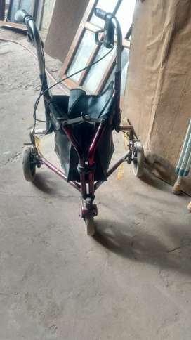 Carrito con ruedas