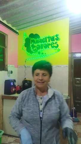 Vendo negoció de choclos y humitas con clientela arriendo 100 mensual