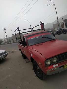 Camioneta datsun en venta con motor 16r toyota