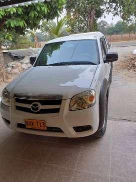 Se vende camioneta Mazda BT - 50 Modelo 2012