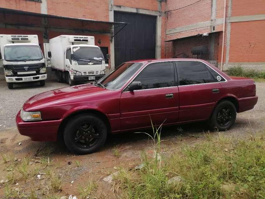 Mazda 626L modelo 93 0