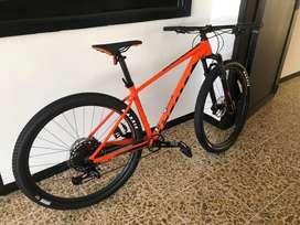 Bicicleta Scott scale 960 modelo 2019 Talla M - NUEVA