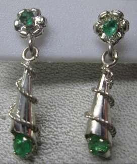 topos colgantes en plata y esmeraldas