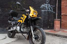 Vendo motocicleta marca Sygo único dueño,exelentes condiciones ,nunca chocada precio negociable