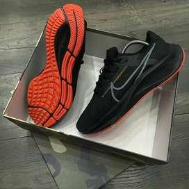 Tenis Nike deportivos