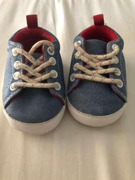 Zapatos deportivos bebe