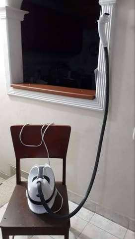 Vendo plancha vertical de vapor Home Touch