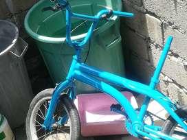 Se vende bicicleta de numero 16 le falta la silla y los puños