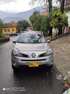 Renault koleos 2009 4 x 4 dvd,