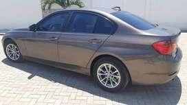 BMW 320 I 2013 FLAMANTE