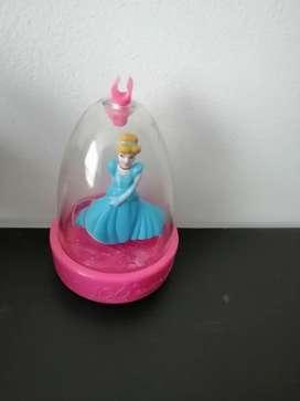 Muñeca movible de Disney movible