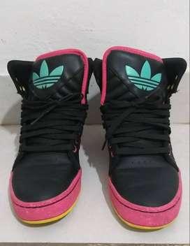 Zapatillas Adidas Originals usadas